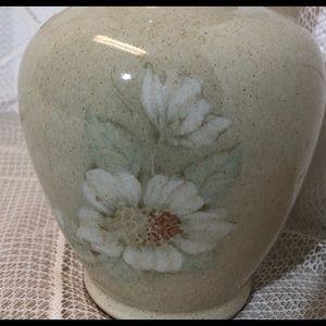 Denby 'Daybreak' English Stoneware Vase